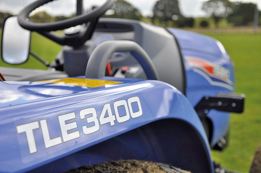 blue tle3400 tractor