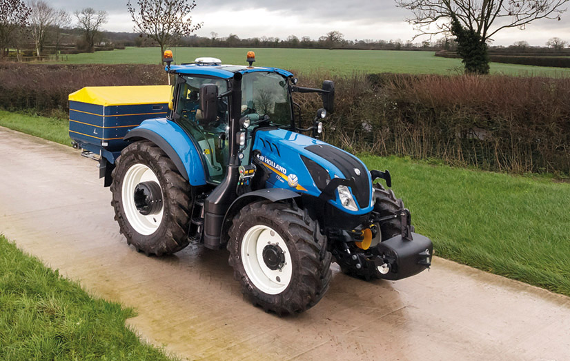 NEW HOLLAND T5.120 WINS 'BEST UTILITY' TITLE