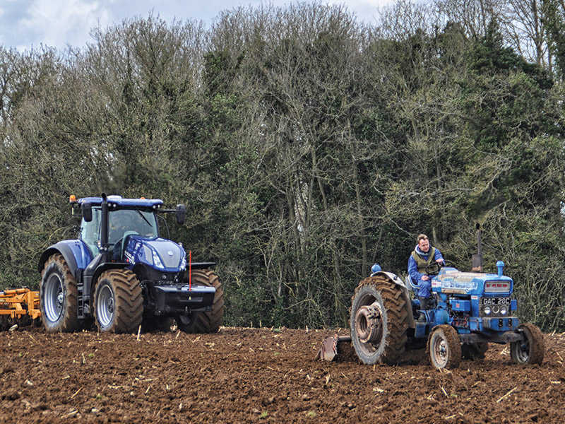 WILTSHIRE TRACTOR EVENT WILL CELEBRATE THE BLUE CENTURY!