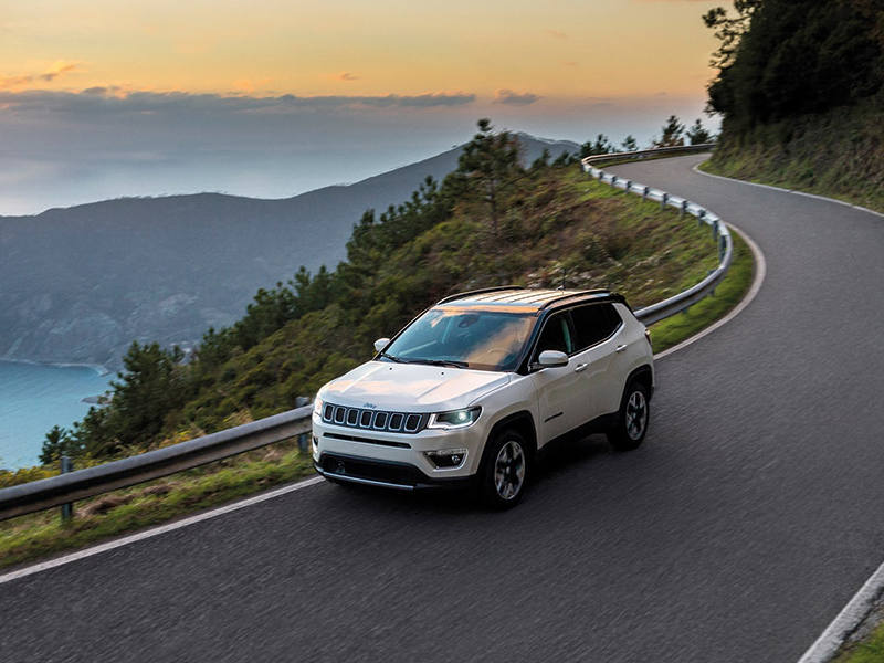 JEEP'S ALL-NEW COMPASS BLAZES THE TRAIL