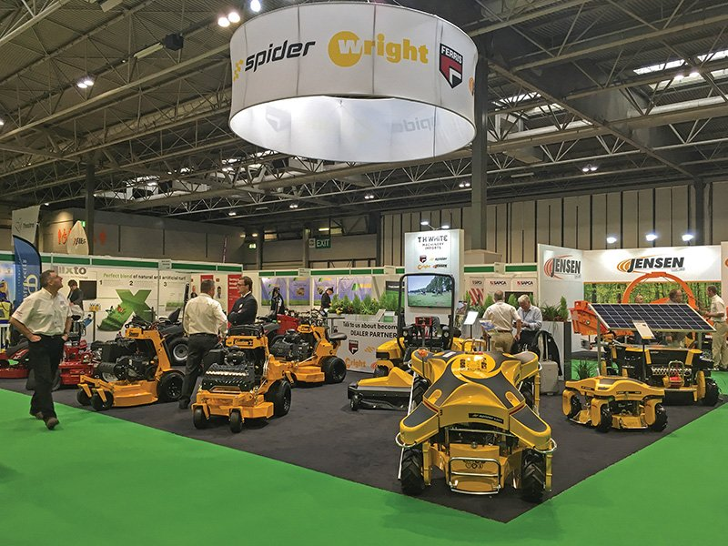 SHOWCASING NEW MACHINERY WITH AWARD-WINNING STAND AT SALTEX