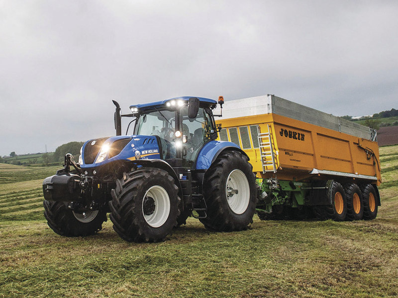 New Holland's tempting T7 at 0%