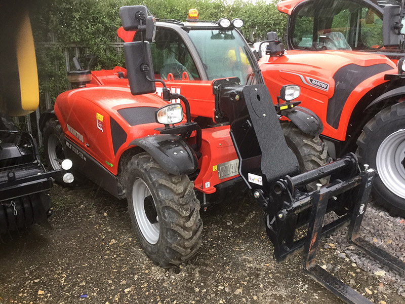 Manitou MLA-T 533-145 V+ telescopic loader