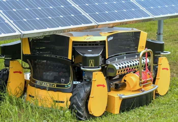 Machinery Imports spider 2sgs under solar panel