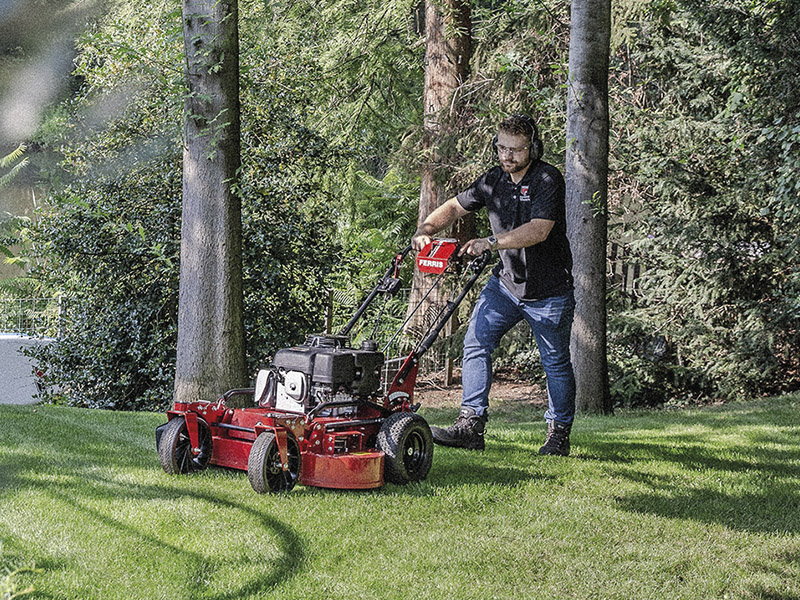 NEW FERRIS MOWER FOR COMPACT SPACES
