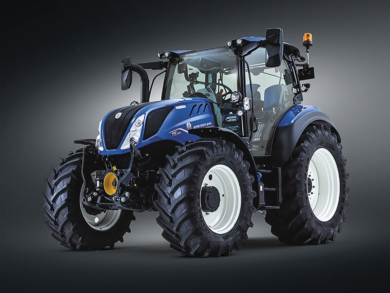 THINGS ARE LOOKING UP: New Holland T5 Dynamic Command