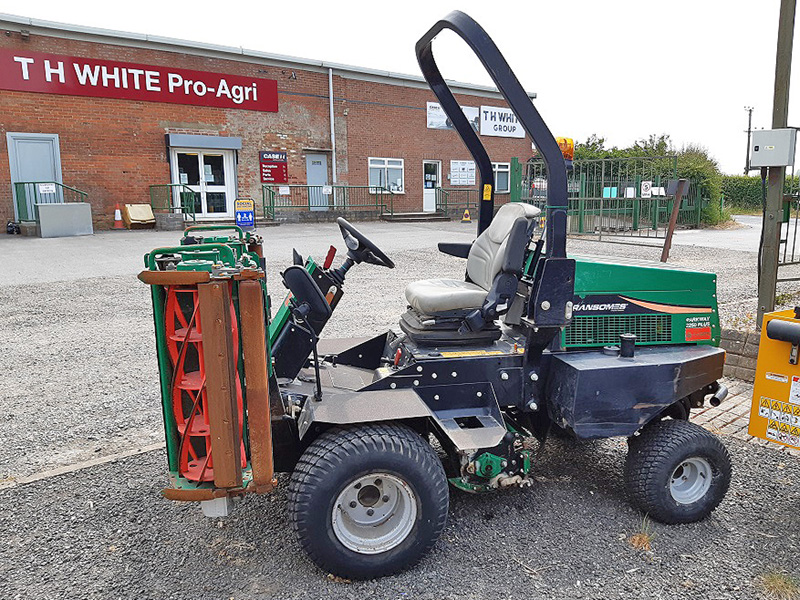 GREAT DEALS ON USED GROUNDCARE EQUIPMENT