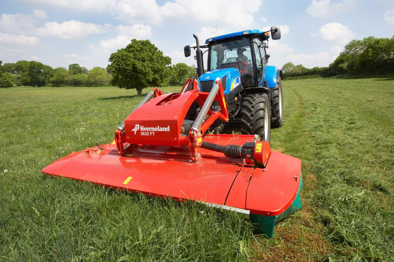 0% FINANCE ON KVERNELAND ARABLE, GRASS, FEEDING AND BEDDING FROM HEREFORD