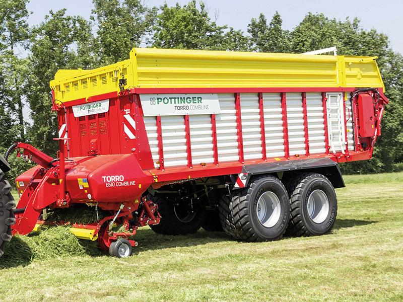 Pöttinger loader wagon for silage and harvesting
